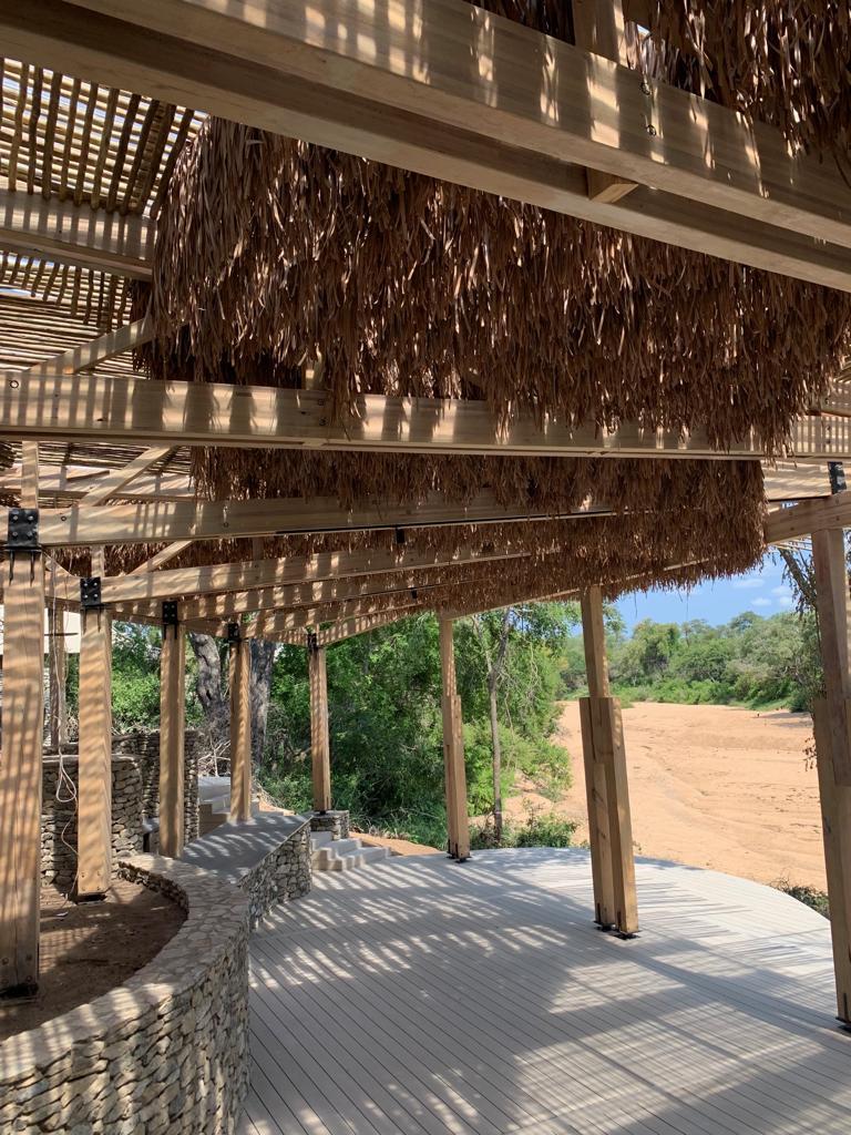 Fiber Thatch Pacific_Fiber Palm Ceiling Finish01